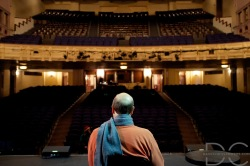 Stephen Tobolowsky at the Moore Theatre, Seattle.  Photo by David Chen.